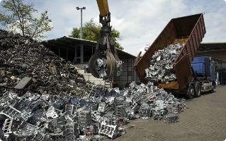 Zdjęcie przedstawia aluminium